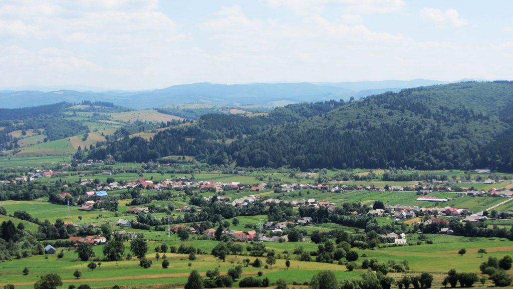 Acris village