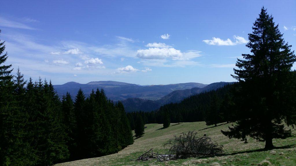 Urlatoarea Mountain
